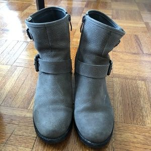 Vince Camuto Wantilla Gray Leather Boots